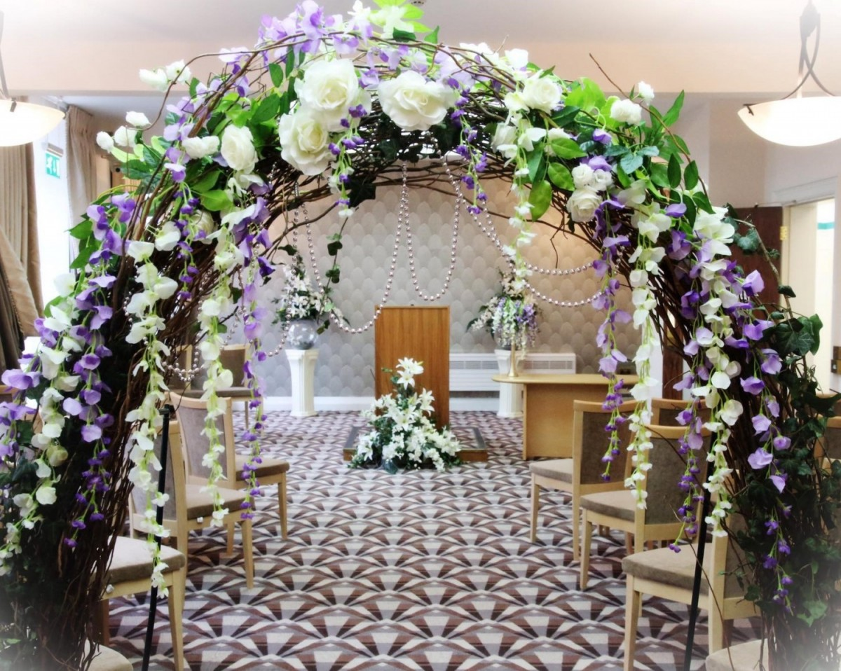 Willow garden Arch in the Hire - Rustic & Vintage category