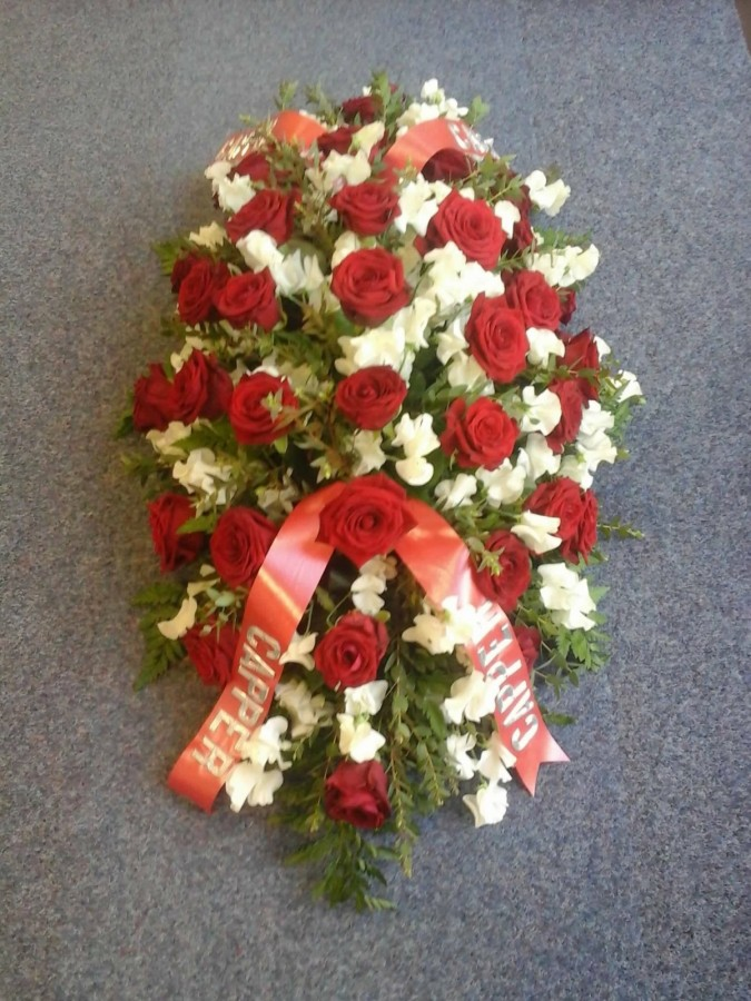Classic Red & White in the Coffin Sprays category